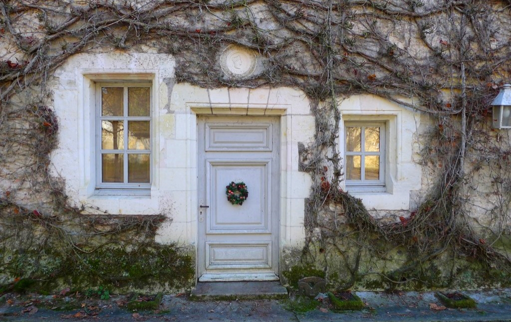 Enchanting doorways in the village of Linieres-Bouton just down the road from the Moulin.